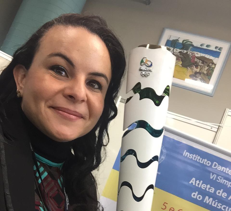 Dra. Ana Paula Simões Ferreira