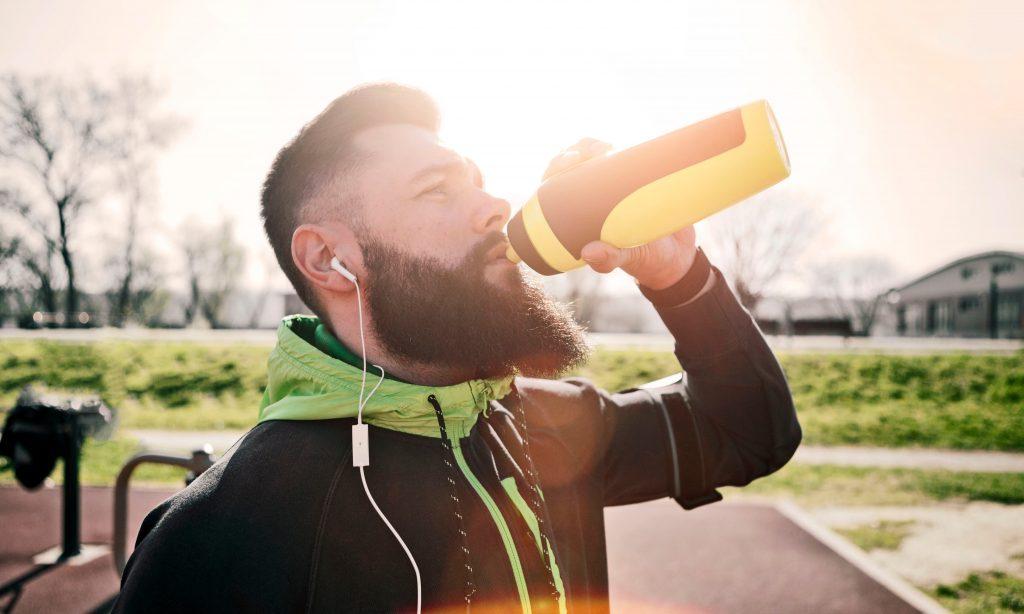 O que posso beber para ter mais energia na corrida?