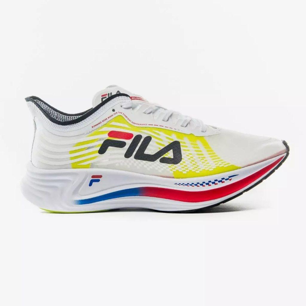 Fila lança Racer Carbon, seu tênis com placa de carbono